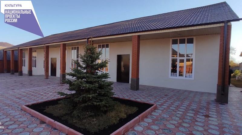 Алхастинский Дом культуры преображается в рамках реализации нацпроекта «Культура»