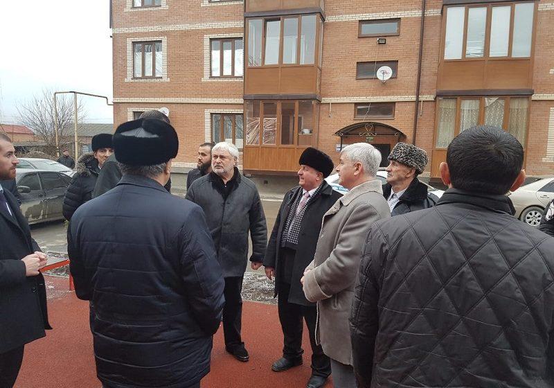 Приемка дворов по программе «Городская среда» состоялась в Сунженском районе