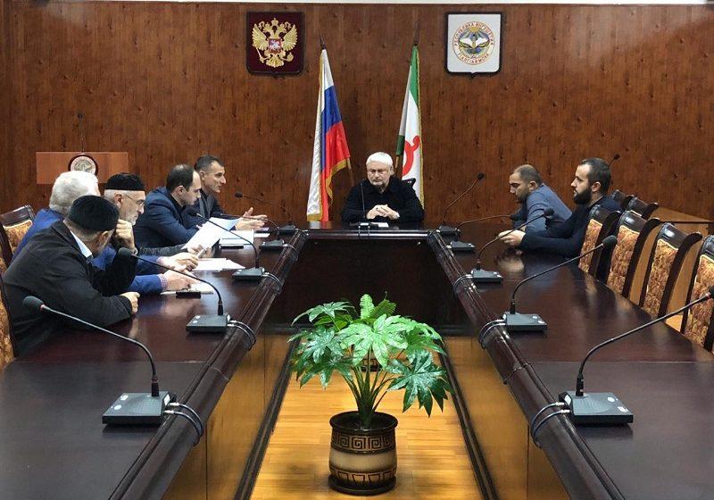 В администрации Сунженского района прошло совещание по вопросу реализации федерального партийного проекта «Городская среда»