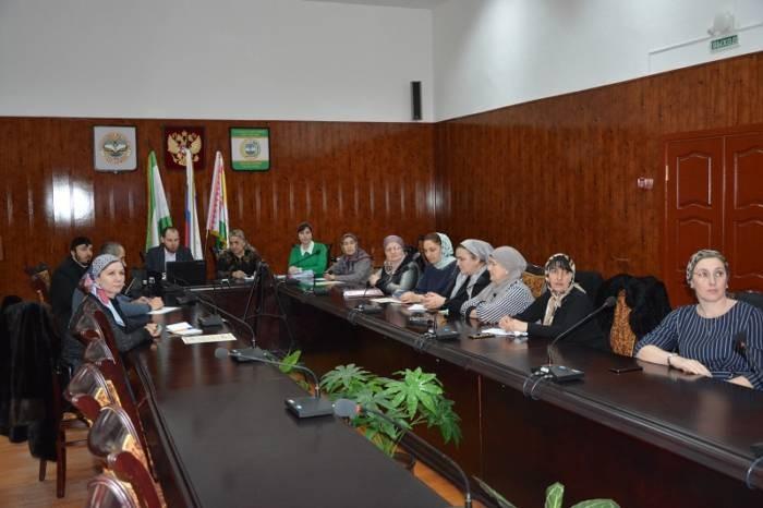 Организаторы выборов в Сунженском районе приняли участие в вебинаре