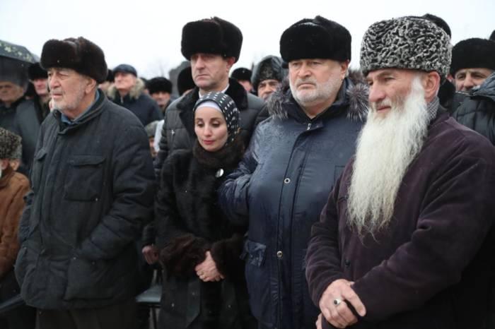 Делегация из Сунженского района приняла участие в траурном мероприятии в Назрани