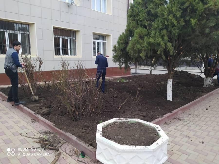 Администрация Сунженского района приняла участие в общереспубликанском субботнике