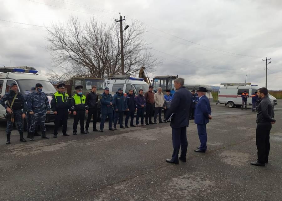 В Сунженском районе состоялся смотр группировки сил и средств гражданской обороны