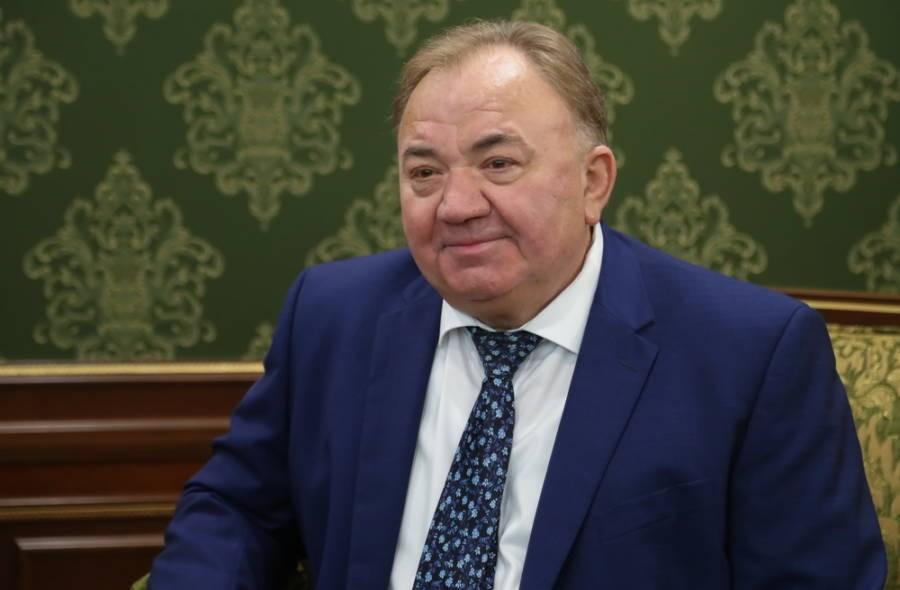 Магомет Дзейтов поздравил с днем рождения Главу республики