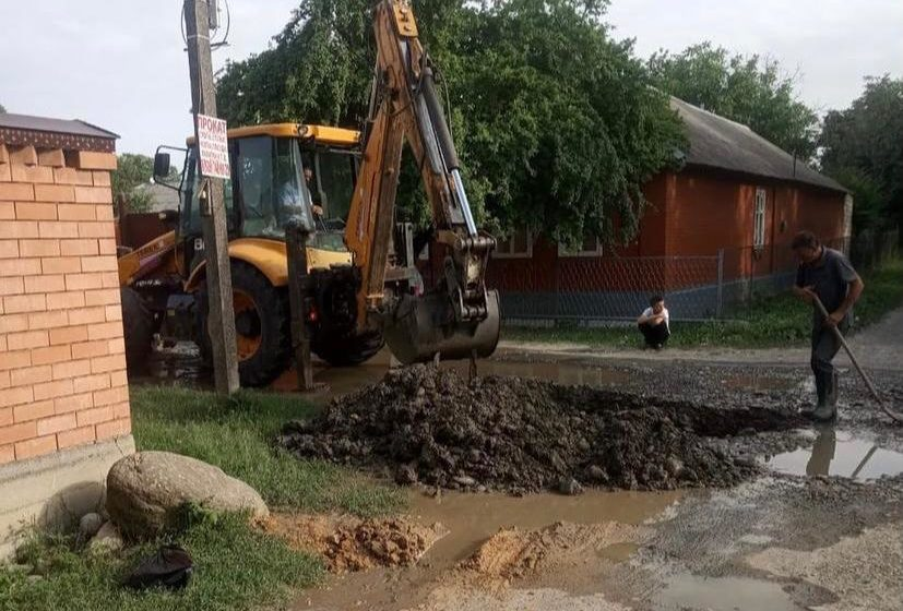 В сельском поселении Троицкое произведен ремонт водопроводных линий
