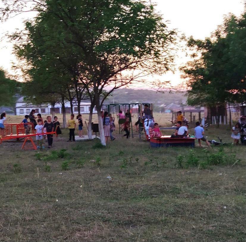 Новая детская площадка появилась всельском поселении Берд-Юрт