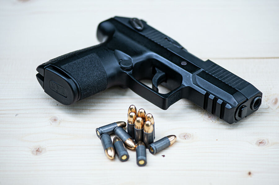 Добровольная сдача оружия освобождает от ответственности и дает право на получение денежных компенсации