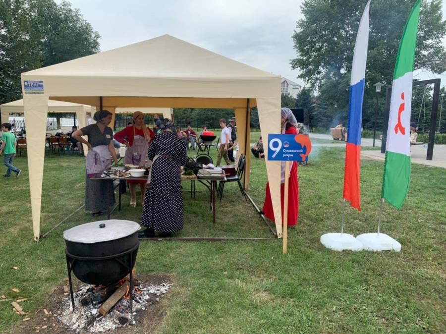 Сегодня представили Сунженского района приняли участие в конкурсе по готовке ухи в рамках дня рыбака ,который отмечается по всей России 11 июля