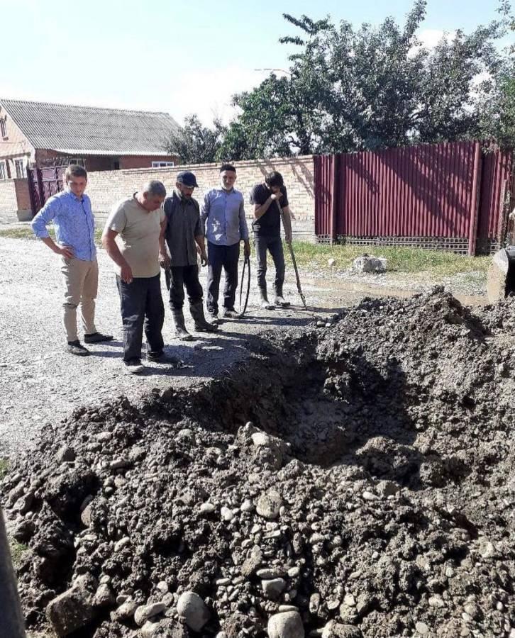 в Сельском поселении Троицкое провели работы по устранению прорывов водопроводных линий