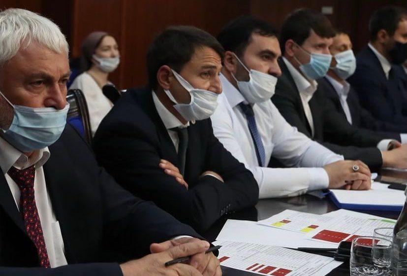 Глава Сунженского района Магомед Дзейтов принял участие в еженедельном совещании в Правительстве республики под председательством Главы Ингушетии Махмуда-Али Калиматова.