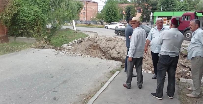 В сельском поселении Троицкое начата реконструкция моста соединяющего улицы Шоссейная и Багаева.
