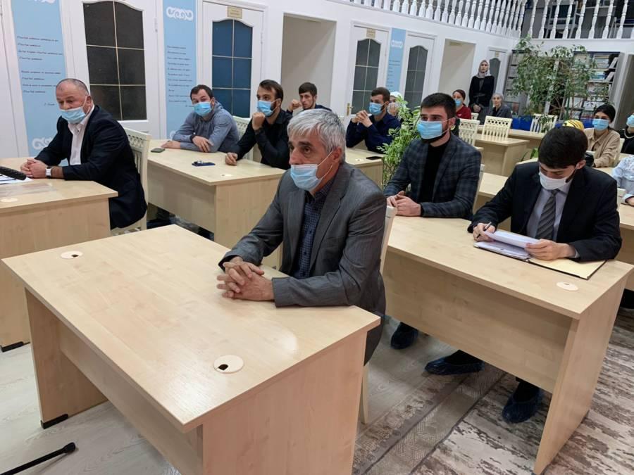 Заместитель главы администрации Сунженского района принял участие на мероприятии «Мы - разные, но мы вместе против терроризма» приуроченного ко дню солидарности против терроризма, который прошёл в национальной библиотеке Республики Ингушетия.