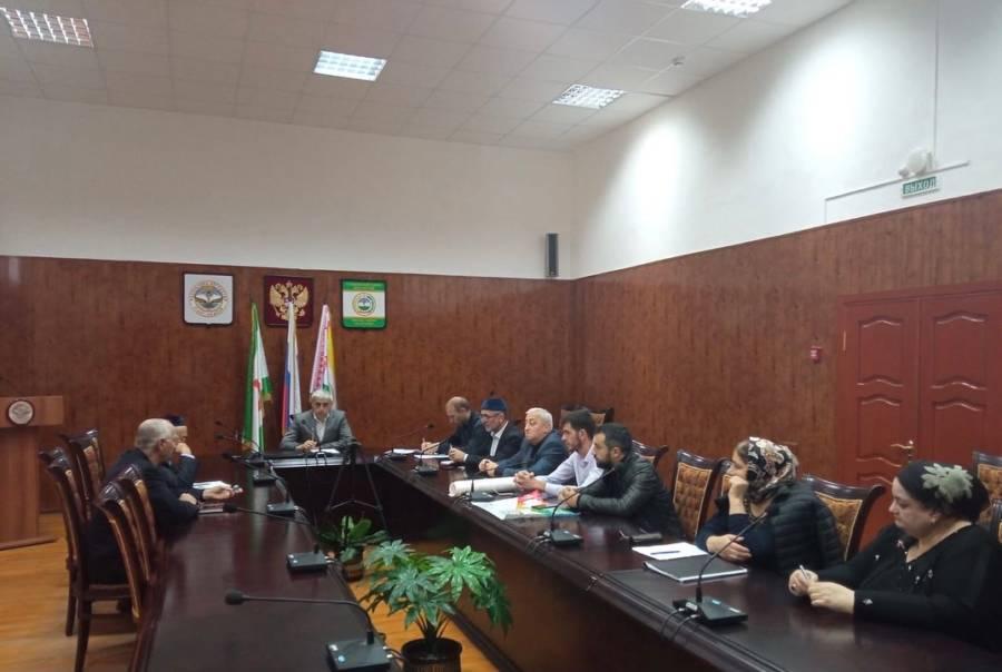 Подачу заявок на участие в государственной программе «Комплексное развитие сельских территорий» обсудили сегодня на совещании